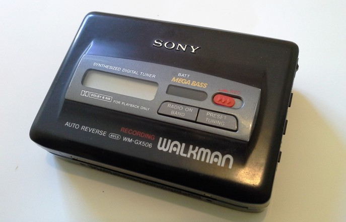Sony WM-GX506 a